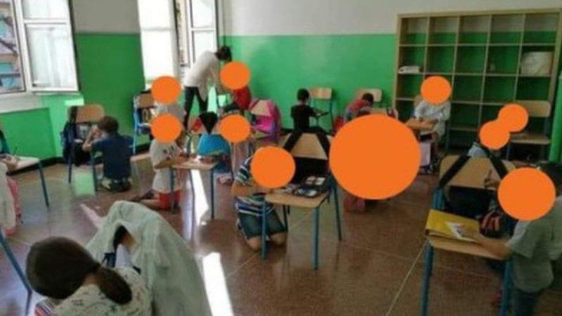 ++ULTIMO MINUTO++Bambini senza banchi in ginocchio a scuola. Toti: inaccettabile